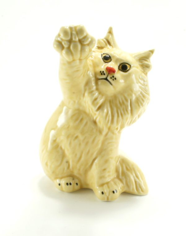статуэтка-кошка-сибирская-палевая