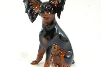 статуэтка-той-терьер-черно-подпалый